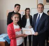 İBRAHIM TAŞYAPAN - Van'da 312 Bin Öğrenci Karne Aldı