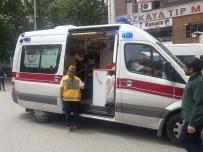 ARBEDE - Yol Verme Tartışmasında Polis İle Dolmuş Şoförü Arasında Arbede Yaşandı