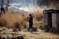 GÖKTEPE - Bodrum'da Yangın Yerleşim Alanlarına Doğru İlerliyor