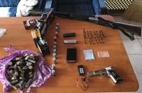 SUİKAST SİLAHI - İstanbul'da Anahtarlık Görünümlü Suikast Silahı Ele Geçirildi