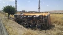 Nusaybin'de Kamyon Devrildi Açıklaması 1 Yaralı