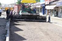 Tutak'ta Yol Ve Kaldırım Çalışmaları Başladı