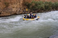 DAĞCI GRUBU - Zap Suyunda Rafting Heyecanı