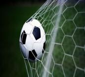 SPORDA ŞİDDET - 4 Futbolcuya Seyirden Men
