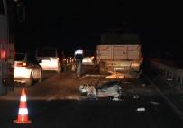 MOLDOVA - Akhisar'da Feci Kaza 2 Ölü, 1 Yaralı