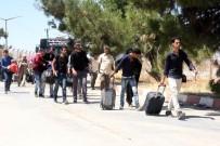ÖZGÜR SURİYE ORDUSU - Bayram İçin Ülkelerine Giden Suriyelilerden Yaklaşık 48 Bini Türkiye'ye Döndü