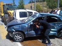 ALI ÇELIK - Beypazarı'nda Zincirleme Kaza Açıklaması 5 Yaralı