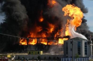 Bursa'da büyük yangın! Dumanlar gökyüzünü kapladı..