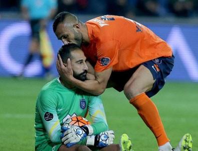 4 futbolcuya seyirden men cezası!