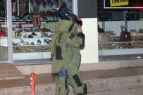 ŞÜPHELİ ÇANTA - Elazığ'da Şüpheli Çanta Fünye İle Patlatıldı