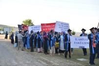 İLAHİYAT FAKÜLTESİ - İlahiyat Fakültesi'nde Mezuniyet Coşkusu