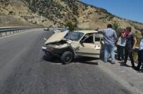 GÜVERCINLIK - Kula'da Trafik Kazası Açıklaması 1 Yaralı