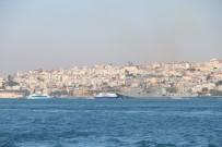 FIRKATEYN - Rus Savaş Gemisi 'Amiral Essen' İstanbul Boğazı'ndan Geçti