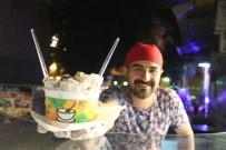 KATKI MADDESİ - Tayland Usulü Rulo Dondurma İlgi Görüyor