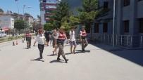 ÇOLAKLı - Telefon Hırsızı Turistler Yakalandı