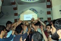 MIDE BULANTıSı - Trafik Kazasında Ölen Öğrenciler Diyarbakır'da Defnedildi