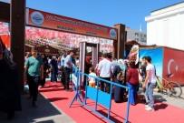 ÇEYİZ SANDIĞI - Yozgat'ta Mahkumlar Sergi Açtı
