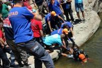 KURTARMA OPERASYONU - 17 Yaşındaki Çoban Serinlemek İçin Girdiği Gölette Boğuldu
