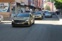 TAKSİ ŞOFÖRÜ - Ağrı'da 225 Bin Liralık Araçla Taksi Hizmeti
