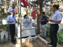 ALİ AYDINLIOĞLU - AK Parti MKYK Üyesi Aydınlıoğlu, 15 Temmuz Şehidinin Kabrini Ziyaret Etti