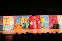 TİYATRO OYUNU - Akşehirli Çocuklar Tiyatroya Doydu