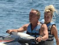 ALİ AĞAOĞLU - Ali Ağa sevgilisiyle jet ski'de
