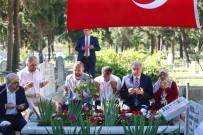 KAZıM TEKIN - Başakşehir Şehitleri Kabirleri Başında Anıldı