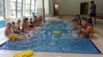 MALTEPE BELEDİYESİ - Belediyenin Yaz Okulunda Eğlenerek Öğreniyorlar