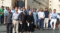 ADLİYE BİNASI - Bursalı Gençler FETÖ Davalarının Takipçisi Olacak