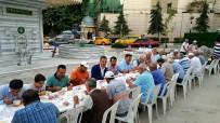 ASIM KOCABIYIK - Gemlik Belediyesi'nden Çorba İkramı