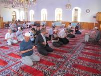 MAHMUTHAN ARSLAN - Hisarcık'ta 15 Temmuz Şehitleri İçin Mevlit Okutuldu
