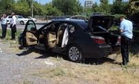 ERCIYES ÜNIVERSITESI - Kurşunladığı Otomobilin Altında Kaldı