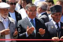 İSMET YıLMAZ - Milli Eğitim Bakanı Yılmaz, Sivas'ta Şehit Ailelerini Ziyaret Etti