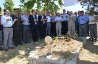 SELAMI KAPANKAYA - Niksar'da Şehitlikler Ziyaret Edildi