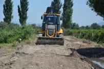 FARUK ÇELİK - Şehzadeler'de Ova Yolu Çalışmaları Tüm Hızıyla Devam Ediyor