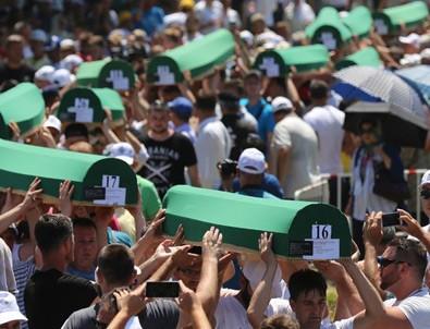 Srebrenitsa'da 71 kurban daha toprağa verildi