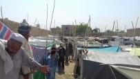 TALIBAN - Afganistan'ın Kuzeyinde Çatışmalardan Dolayı 700 Aile Evlerini Terk Etti