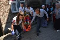 ŞEREFIYE - Bisikletli Çocuk Apartman Boşluğuna Düştü