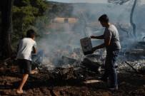 İŞ MAKİNESİ - Çanakkale'de Arazi Yangını