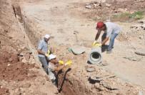KANALİZASYON ÇALIŞMASI - Gölbaşı İlçesinde Altyapı Çalışmaları Devam Ediyor