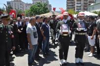 EROL AYYıLDıZ - İzmir Şehitlerini Son Yolculuğuna Uğurladı