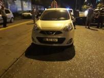 ANKARA ÜNIVERSITESI - Kontrolden Çıkan Otomobil, Park Halindeki Araçların Arasına Daldı