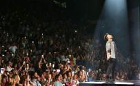 ÇEKIM - Megastar Tarkan'ın Harbiye Konserlerini 1.2 Milyon Kişi Takip Etti