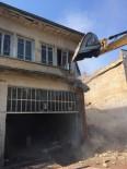 KAMULAŞTIRMA - Şehzadeler'de Tarihi Yapılar Gün Yüzüne Çıkıyor