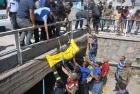 SULAMA KANALI - Sulama Kanalına Düşen Otomobilde Kaybolan Gencin Cansız Bedeni Bulundu