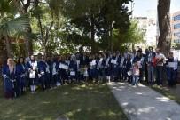 CELAL BAYAR ÜNIVERSITESI - Yunusemre'de Anne Üniversitesi 2. Mezunlarını Verdi