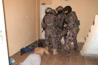 ADANA EMNİYET MÜDÜRLÜĞÜ - Adana'da DEAŞ operasyonu: 5 gözaltı