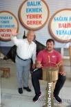 RECEP KARA - Balıkçı Kenan'dan Recep Kara'ya Balık Ziyafeti