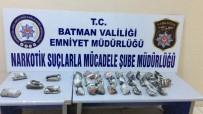 BATMAN EMNİYET MÜDÜRLÜĞÜ - Batman'da İki Şahıs Üzerinde Uyuşturucu Madde Ele Geçirildi