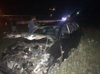 ENDER FARUK UZUNOĞLU - Cumhuriyet Savcısı Trafik Kazasında Yaralandı